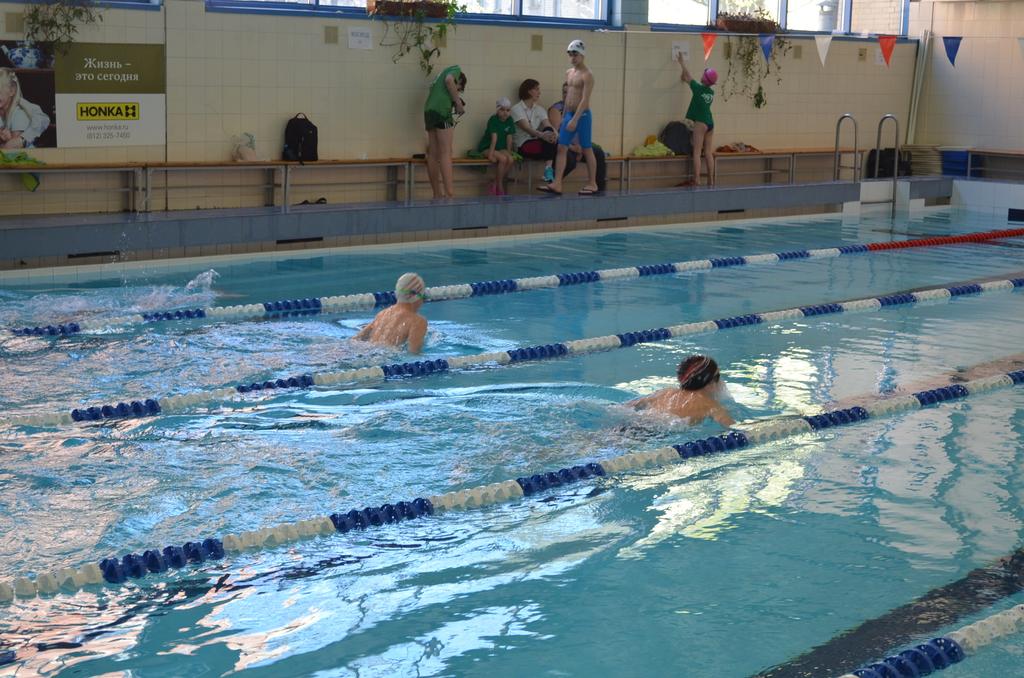 Бассейны - Занятия в плавательных бассейнах для беременных